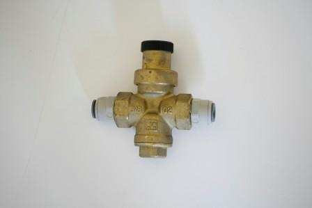 Pressure regulator 2 bar JG 3/8 ""